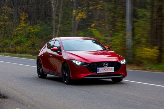 Test drive Mazda 3 Skyactiv-X AWD: when diesel and gasoline are not ruled out