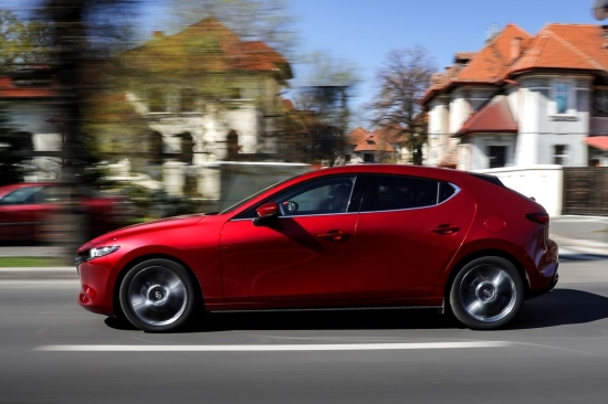Test drive with the new Mazda 3-KODO